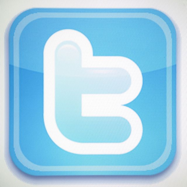 30 Christian Literary Agents to Follow on Twitter